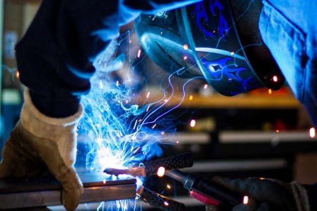 Smukke og funktionelle stålkonstruktioner fra Helstrand Smedje