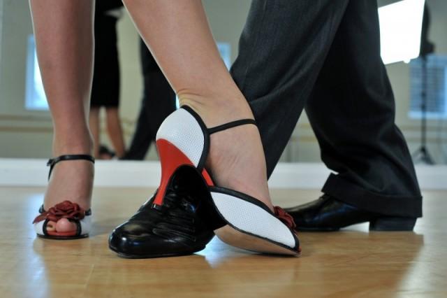 Find nemt de rette dansesko