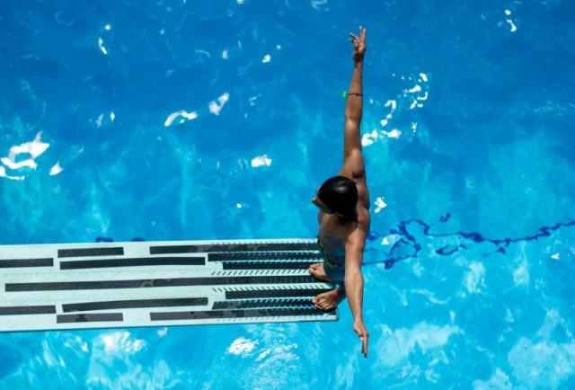 Svømmeudstyr og badetøj til billige priser