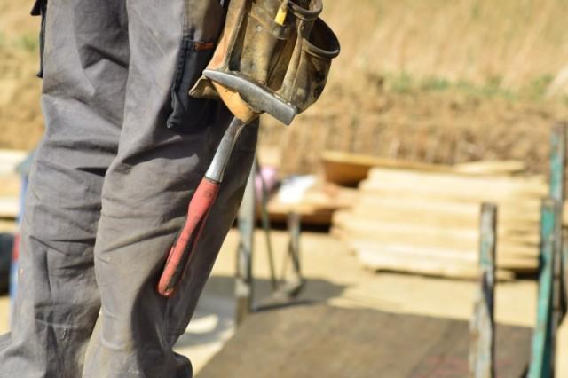 Få tre tilbud på en håndværker, inden du bestemmer dig