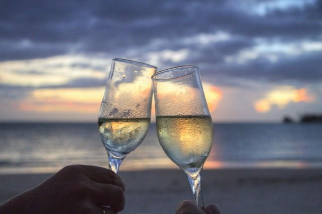 Gå sommeren i møde med et køleskab fuld af mousserende vin