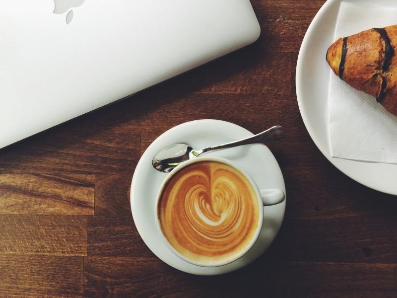 coffee-1031526_1920.jpg