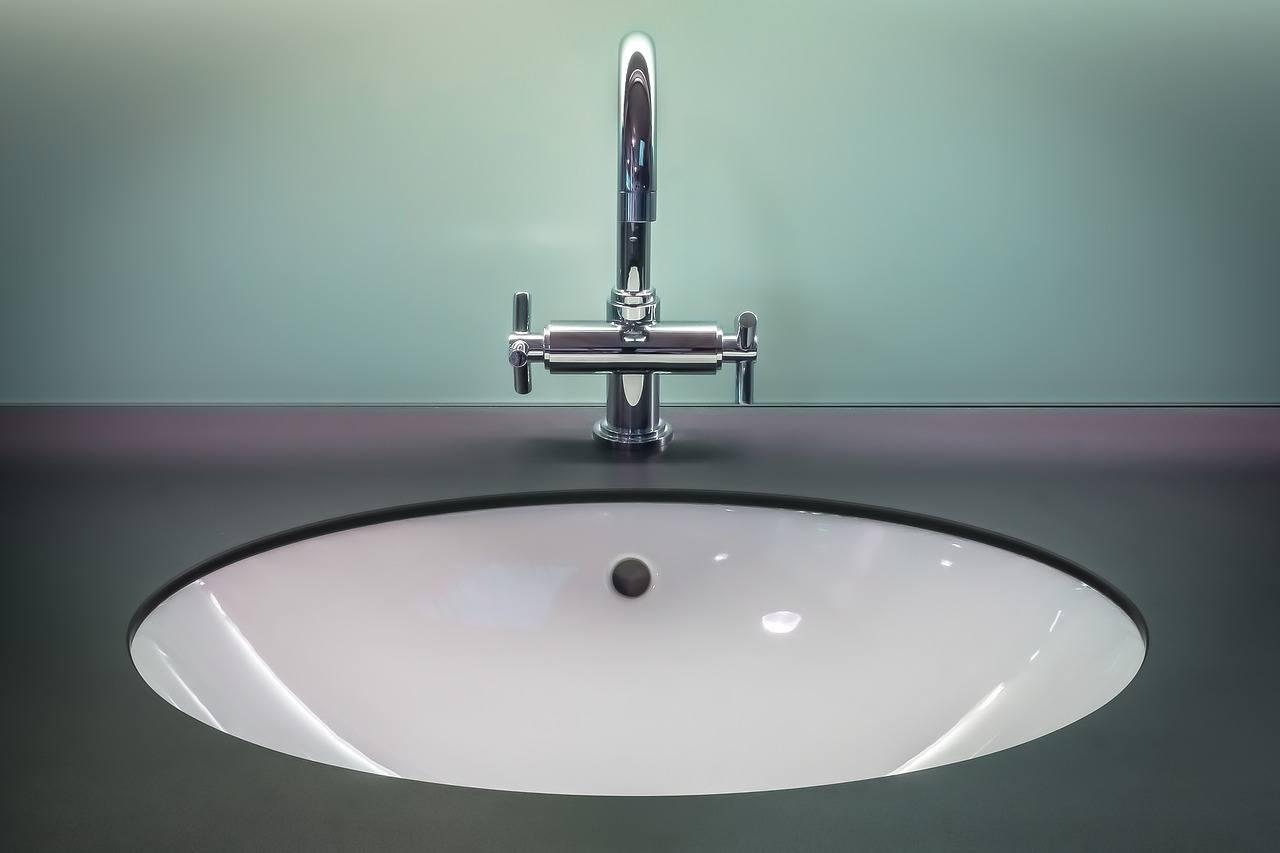 Picture of: Handvaske Til Badevaerelse Til Hygiejne Og I Flot Stil